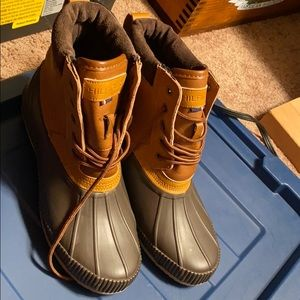 Tommy Hilfiger boots Men's Size 9